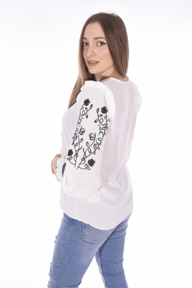 Camasa eleganta cu broderie florala pe maneci-alb-