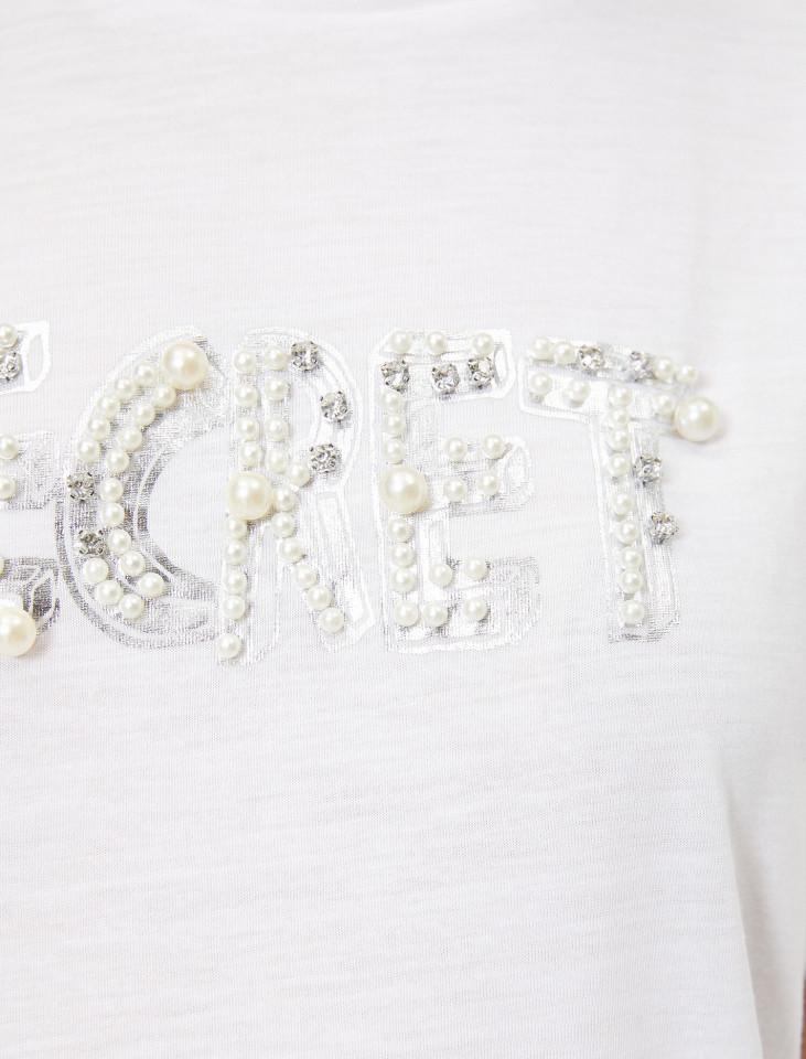 Tricou dama casual alb cu imprimeu si perle