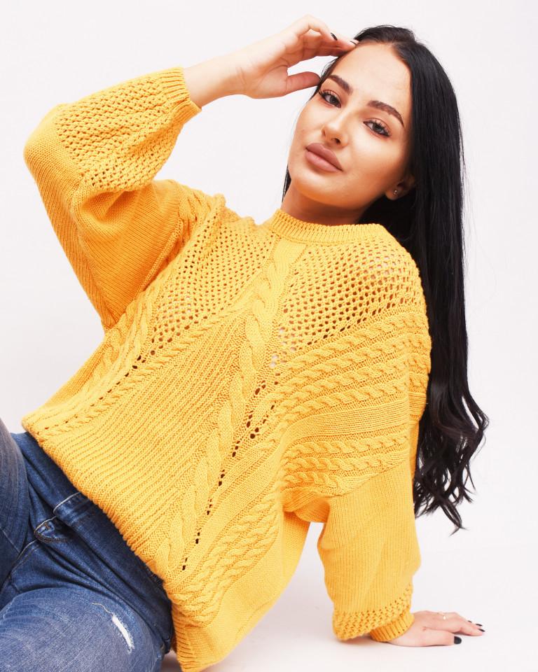 Pulover oversize cu model tricotat