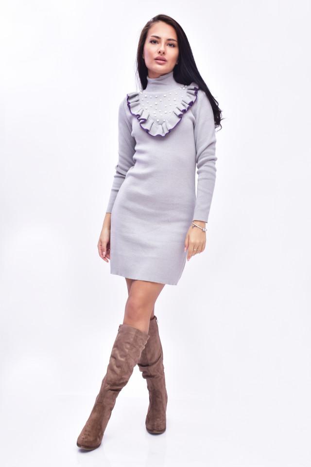 Rochie midi din tricot eleganta cu guler inalt si volane