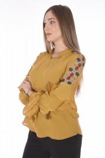 Camasa eleganta cu broderie florala pe umeri-mustar-