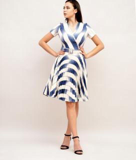 Rochie cu fusta plisata si curea