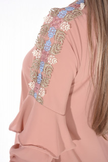 Camasa eleganta cu broderie florala pe umeri-E-