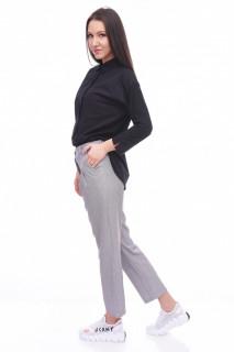 Pantaloni casual in carouri