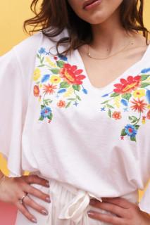 Bluza dama cu broderie florala si maneci evazate