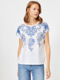 Tricou dama casual alb cu imprimeu albastru