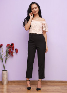 Pantaloni conici cu talie inalta si strasuri decorative