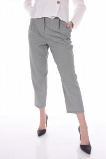Pantaloni casual lejeri in carouri-E-
