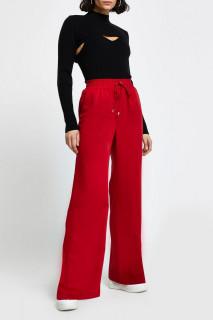 Pantaloni lejeri cu buzunare