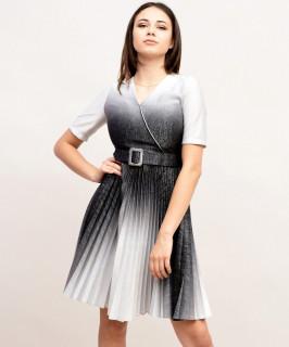 Rochie plisata accesorizata cu curea