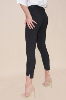 Pantalon negru cu imprimeu