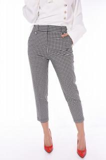 Pantaloni in carouri 3/4-E-