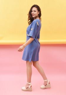 Rochie dama midi casual cu fluturi brodati - Ariana - albastru