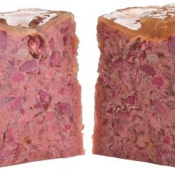 hrana umeda, completa, cu bucăți întregi de carne