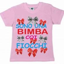 MAGLIETTA 100% COTONE BIMBO/A  TITOLO SONO UNA BIMBA COI FIOCCHI
