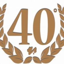 MAGLIETTA IN 100% COTONE UOMO/DONNA PER 40 ANNI TITOLO: 40 VICT