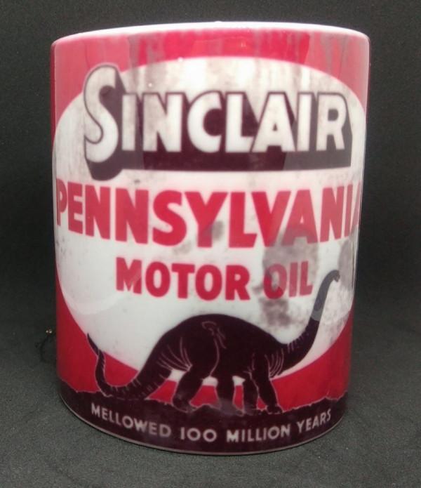 Caneca com Sinclair Pennsylvania motor oil