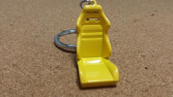 Imagens Porta Chaves - Banco Recaro Amarelo