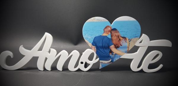 Palavra Amo-te em acrílico - Com foto personalizada