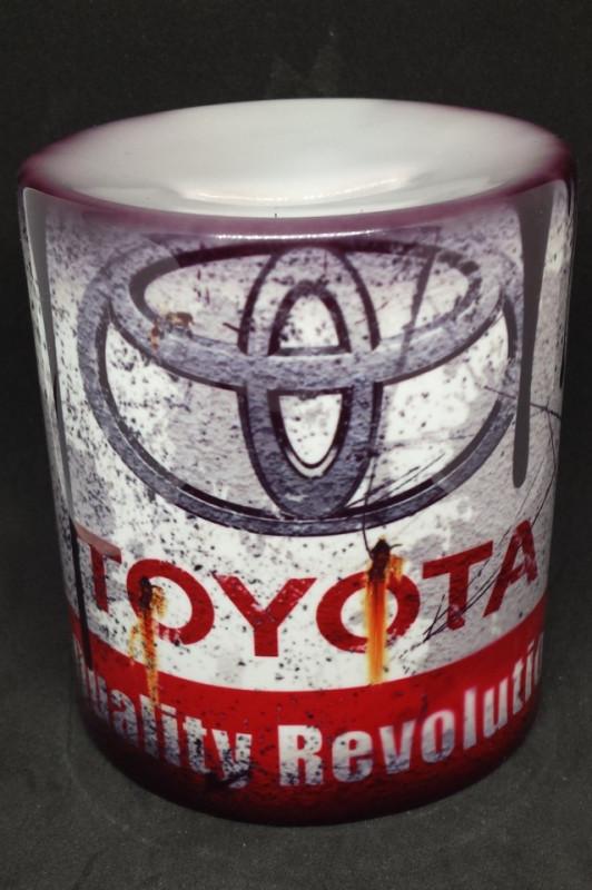 Imagens Mealheiro com Toyota