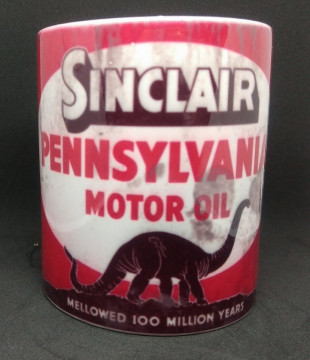 Caneca com Sinclair Pennsylvania motor oil
