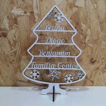 Árvore de Natal em MDF - Com nomes