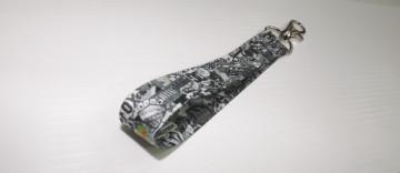 Fita Porta Chaves com Sticker Bomb Padrão 4