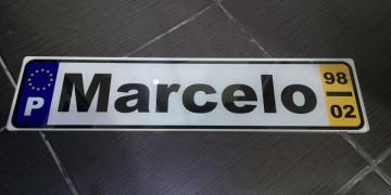 Placa de acrílico estilo matricula - 47x11cm - Personalizada