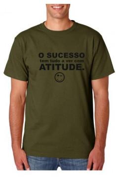 T-shirt  - O Sucesso tem tudo a ver com ATITUDE