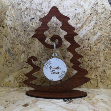 Árvore de Natal em MDF com pendente personalizado