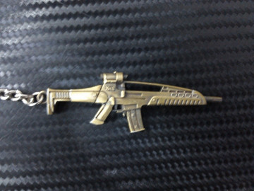 Porta Chaves - Arma XM8 Dourada