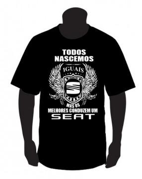T-shirt com Todos Nascemos Iguais (SEAT)