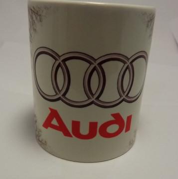 Caneca com Audi