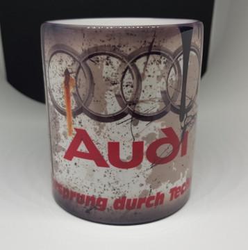 Mealheiro com Audi