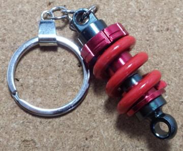 Porta Chaves - Coilover Vermelho