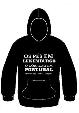 Sweatshirt com capuz - Os pés em Luxemburgo o coração em Portugal, amor de uma nação