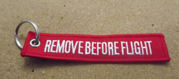 Porta Chaves - Remove Before Flight