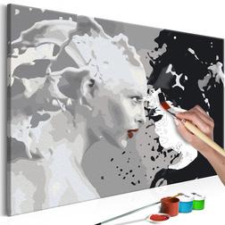 Kifestő - Black & White