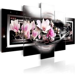 Kép - Magnolias on a black background
