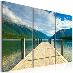 Kép - A pier on the lake