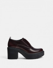 Bershka Burgundy Track Shoes