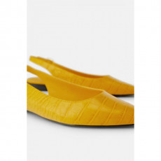 Zara YellowPrintedLowHeel