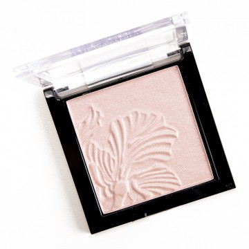 Poze Iluminator Wet n Wild MegaGlo Highlighting Powder Blossom Glow