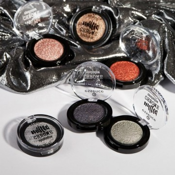 Poze Fard de ochi Essence melted chrome eyeshadow 02