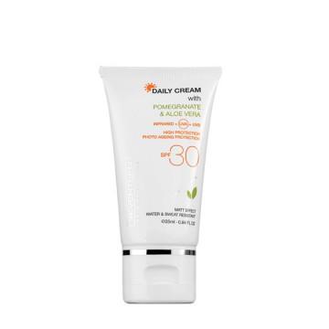 Crema cu protectie solara Seventeen DAILY CREAM SPF 30 TINTED 25 ML