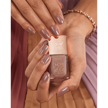 Lac de unghii Catrice MORE THAN NUDE NAIL POLISH 09 Brownie Not Blondie!