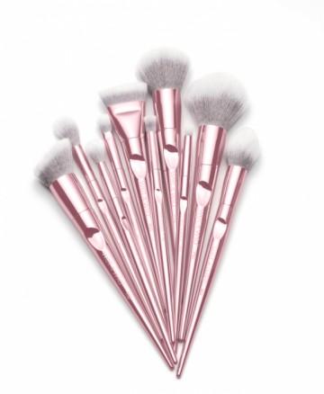 Pensula pentru iluminator Wet n Wild Pro Brush Tapered Highlighting Brush