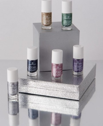 Lac de unghii Essence cosmic lights nail polish 01