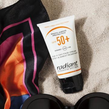 Crema protectie solara pentru fata Radiant PHOTO AGEING PROTECTION SPF 50+ TINTED 25 ML