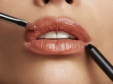 Poze Creion de buze L'Oreal Paris Infaillible Lip Liner  101 Gone with the nude